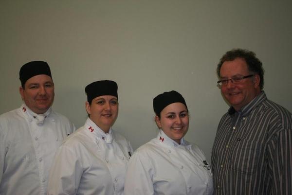 C.L.Comeau est fier d'offrir une bourse allant jusqu'à 500$ pour un ou des étudiants de cuisine professionnelle