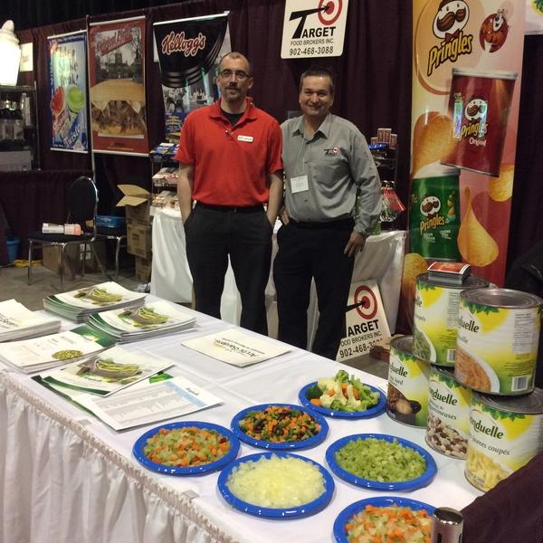 les représentants de Target foods courtier alimentaire
