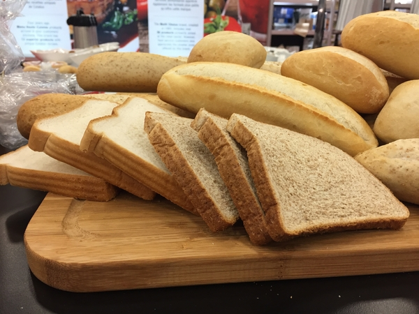 Menu bread, either thick or thin slices.