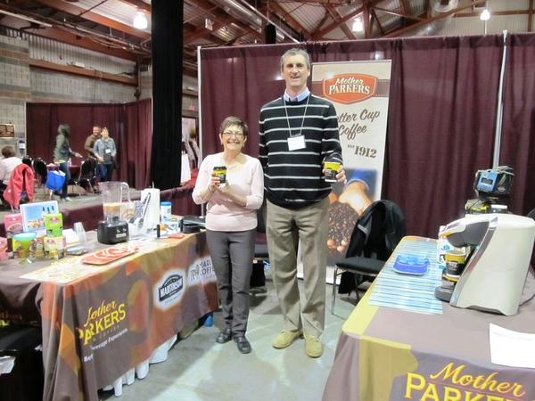 Teresa Smith & John Murphy, représentants pour Mother Parkers tea & coffee